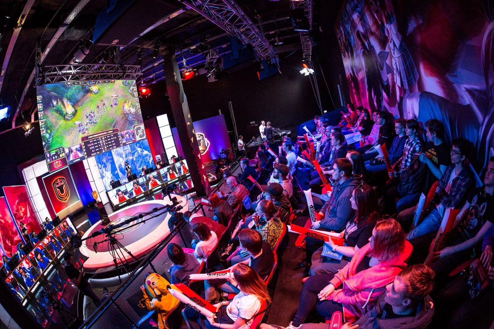 Телеканал «Е» в пакете Kartina.TV: новости киберспорта, let's play, Лига Легенд  и многое другое